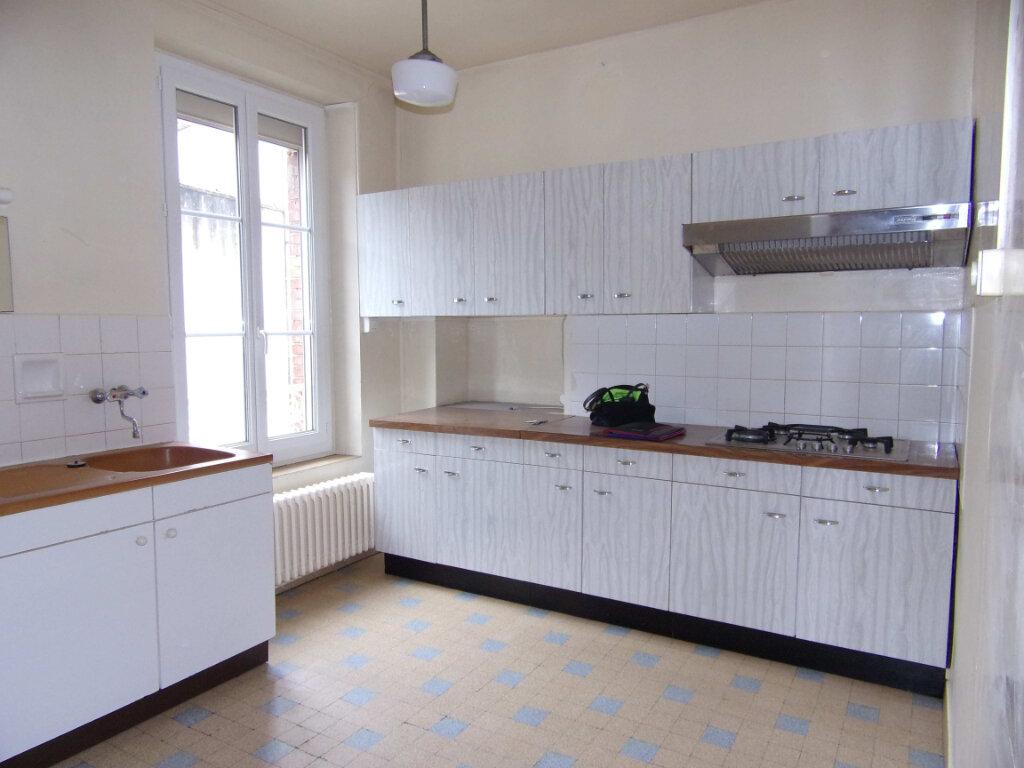 Maison à louer 3 73m2 à Lorris vignette-2