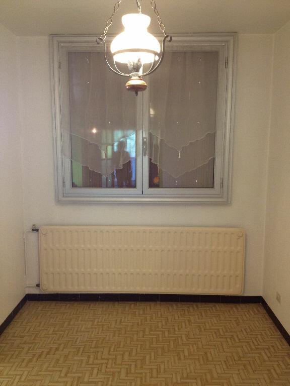 Appartement à louer 3 66.4m2 à Carros vignette-8