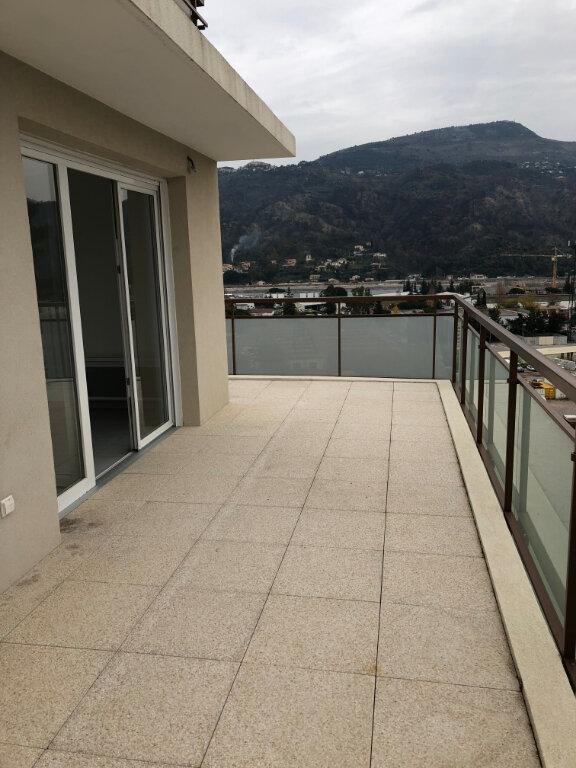 Appartement à louer 3 60.43m2 à Carros vignette-3
