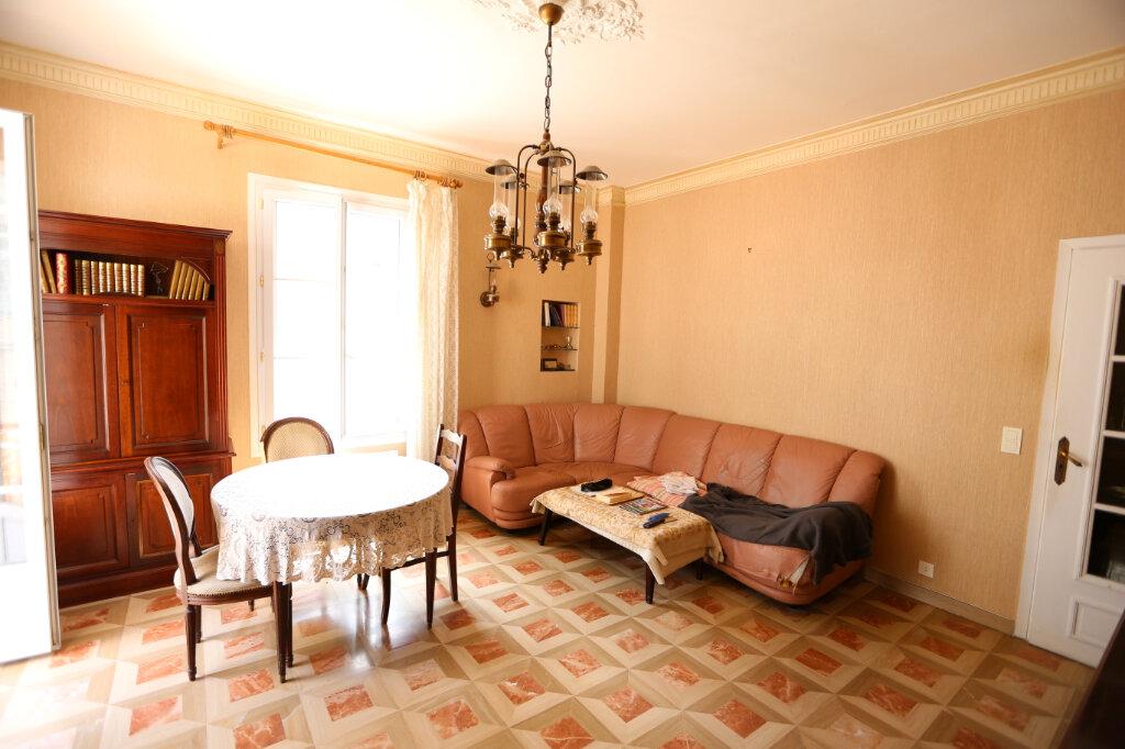 Maison à vendre 9 182.43m2 à Nice vignette-3