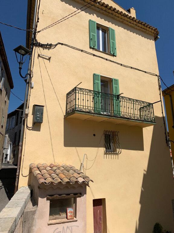 Maison à louer 6 0m2 à Gattières vignette-4
