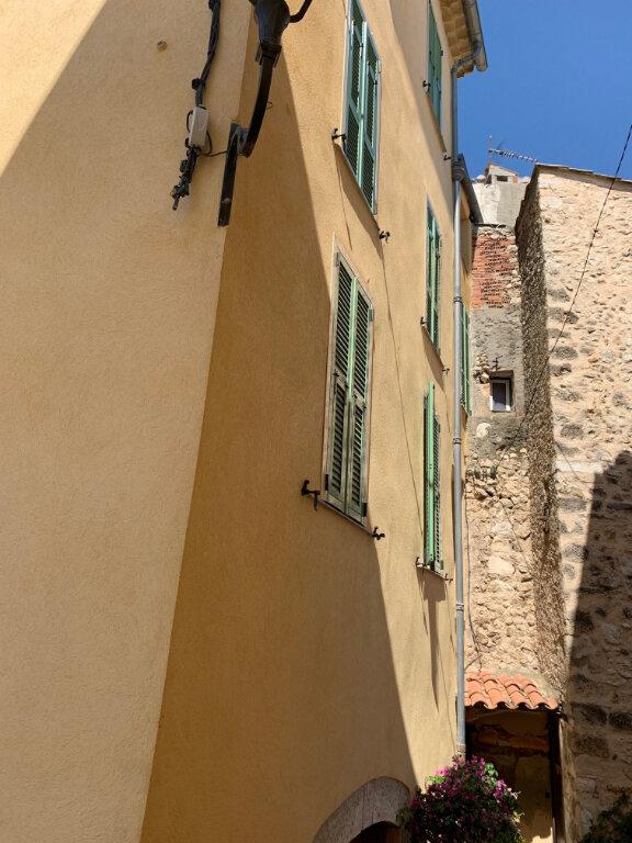 Maison à louer 6 0m2 à Gattières vignette-5