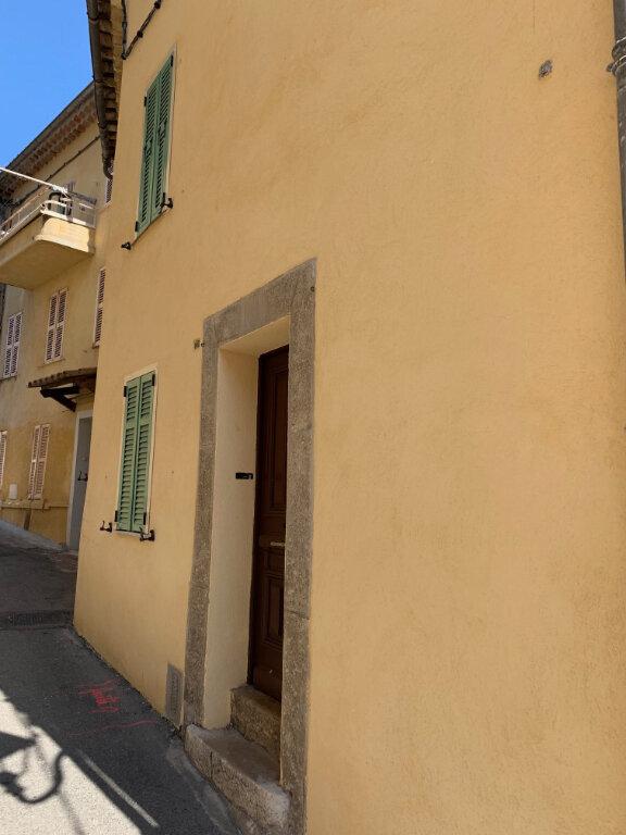 Maison à louer 6 0m2 à Gattières vignette-6