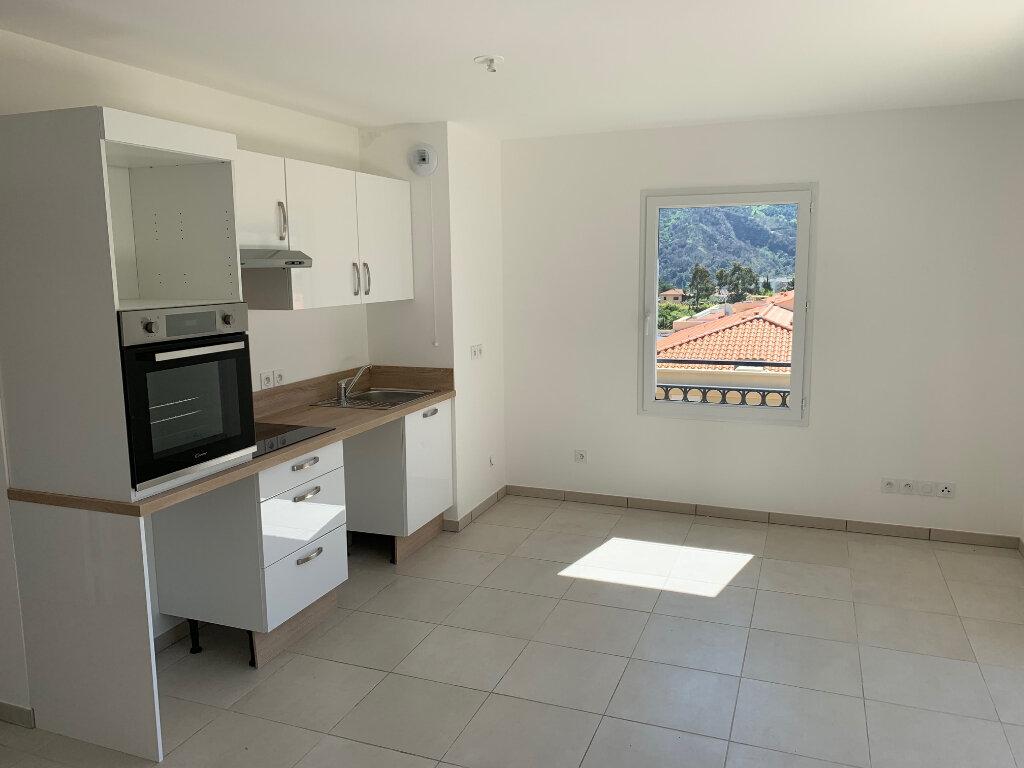 Appartement à louer 3 55.1m2 à Carros vignette-3