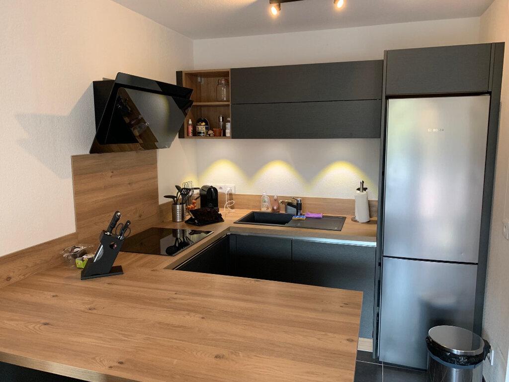 Appartement à louer 2 39.1m2 à Carros vignette-2