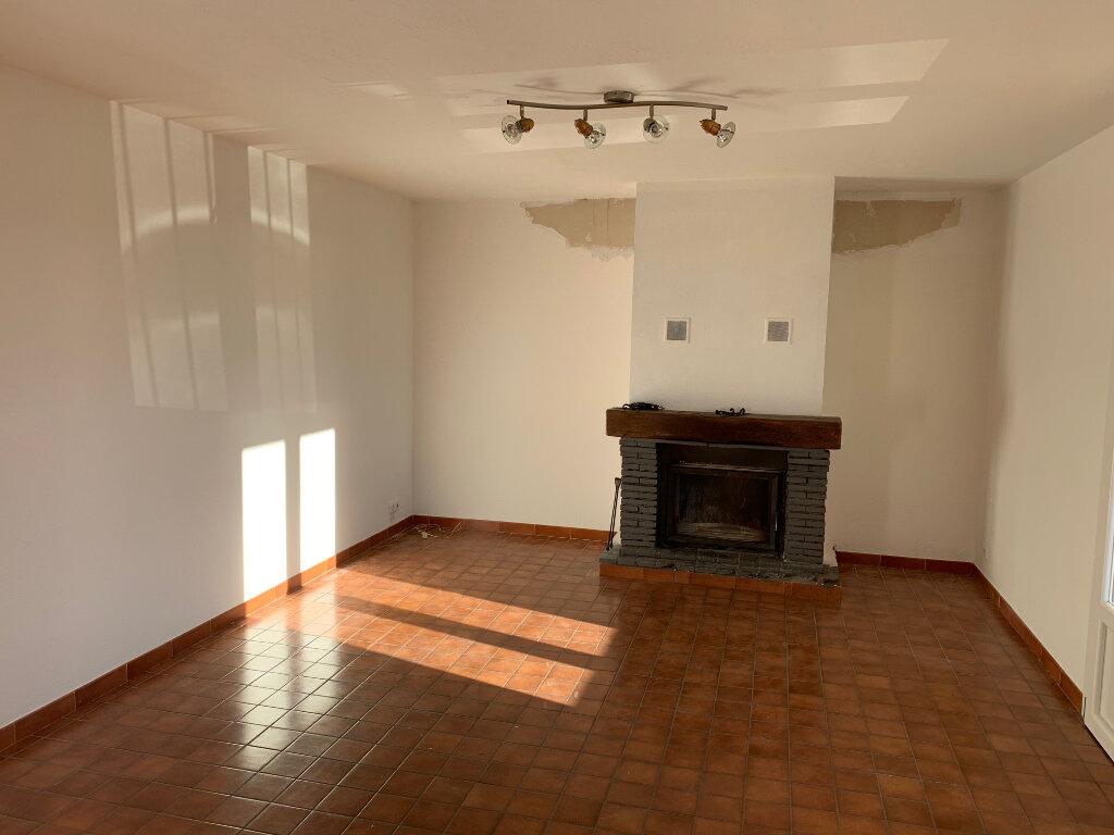 Maison à louer 3 70.66m2 à Gattières vignette-3