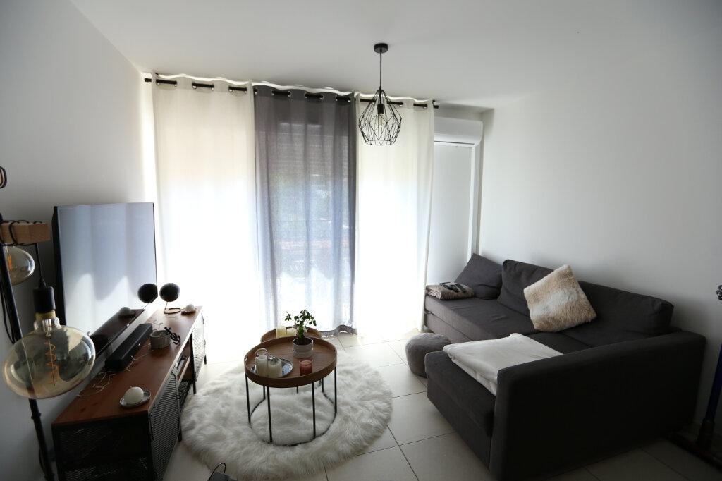 Appartement à louer 2 39.05m2 à Carros vignette-3