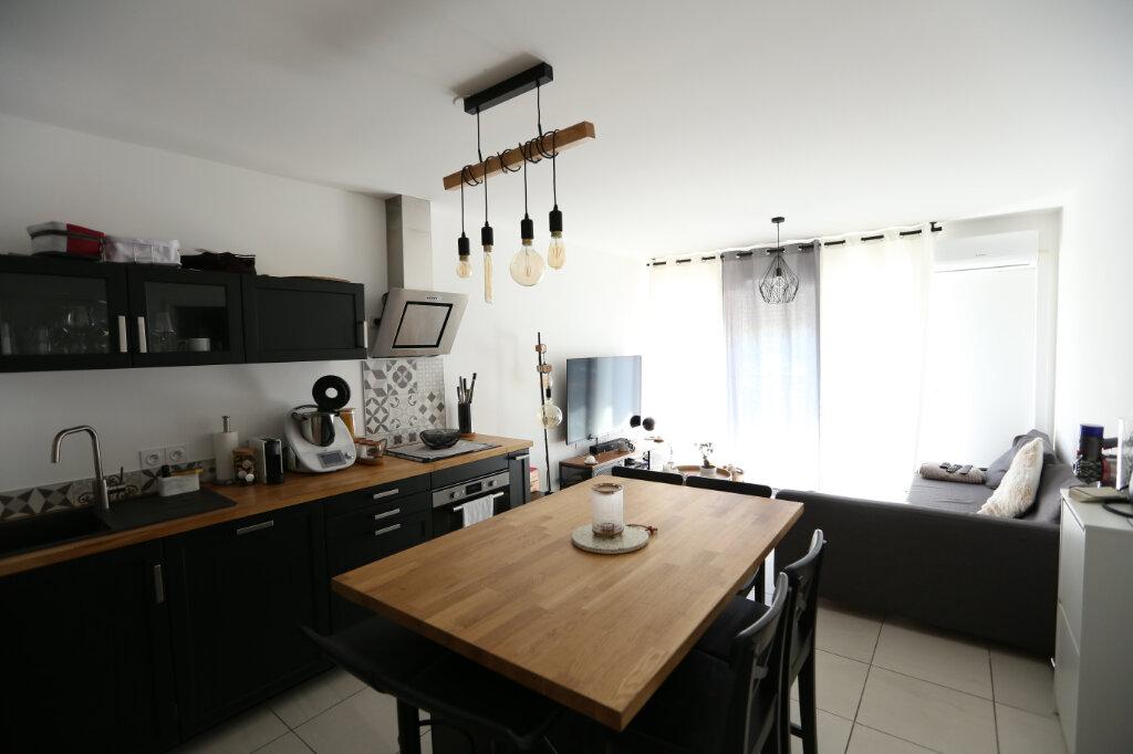 Appartement à louer 2 39.05m2 à Carros vignette-7