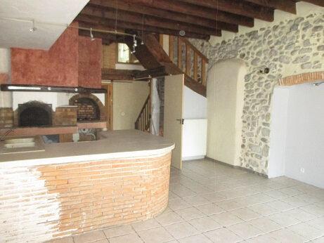 Maison à louer 5 133.11m2 à Saint-Christophe-sur-Guiers vignette-1