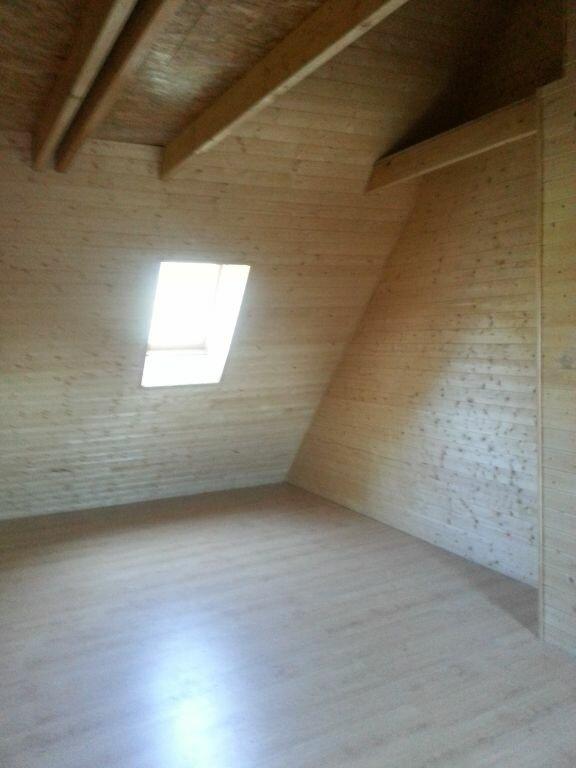 Maison à louer 3 56.29m2 à Saint-Christophe-sur-Guiers vignette-3