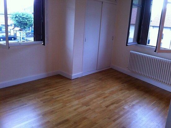 Appartement à louer 4 73m2 à Les Échelles vignette-4