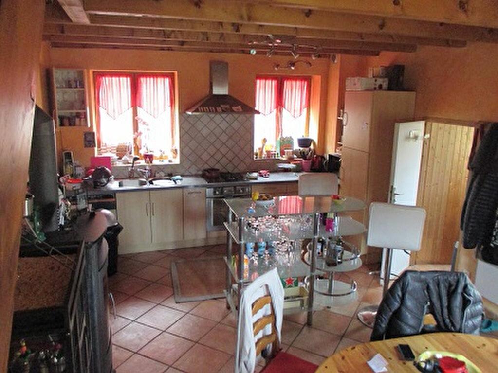 Maison à louer 3 60m2 à Saint-Christophe-sur-Guiers vignette-3