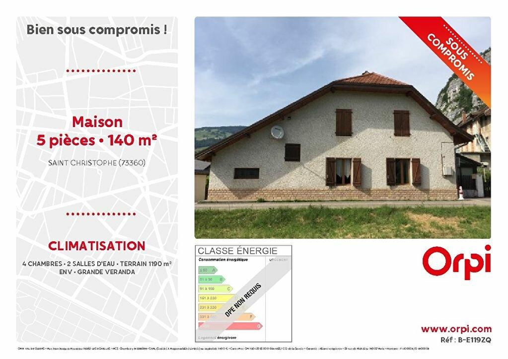 Maison à vendre 5 140m2 à Saint-Christophe vignette-1