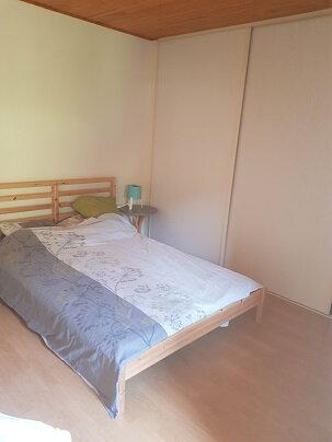 Appartement à louer 3 72.65m2 à Saint-Laurent-du-Pont vignette-2