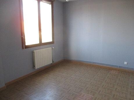 Appartement à louer 4 77.8m2 à Échirolles vignette-3