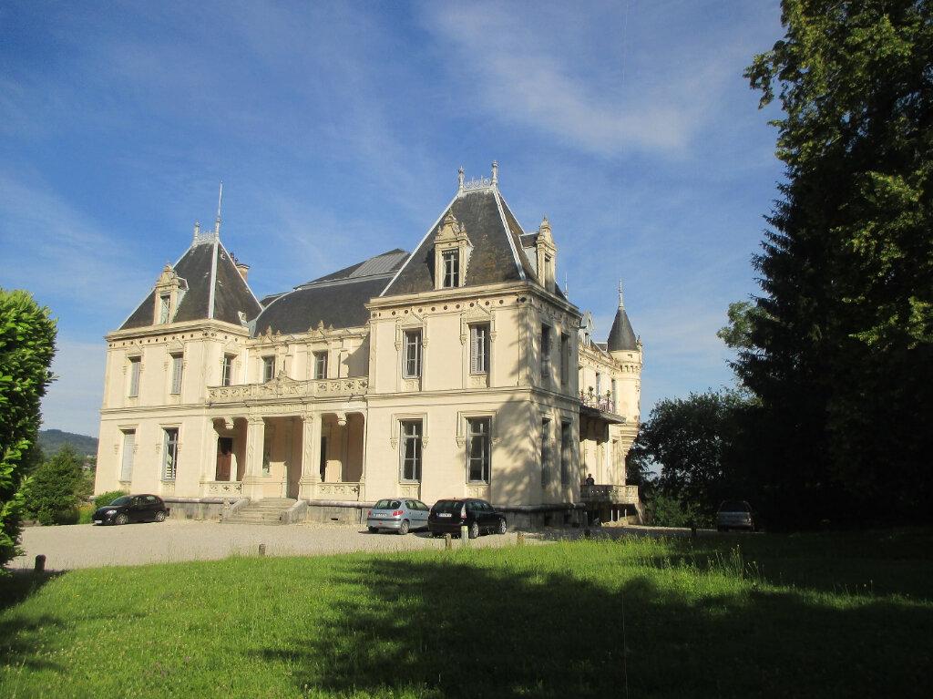 Appartement à louer 3 55.76m2 à Saint-Béron vignette-1