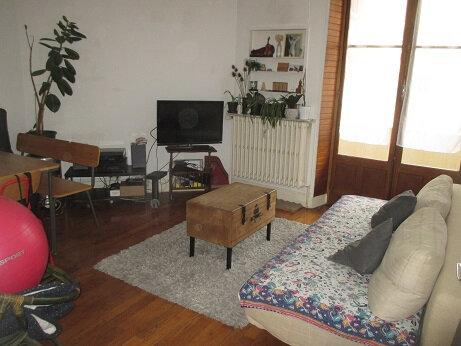 Appartement à louer 3 58.54m2 à Chambéry vignette-1