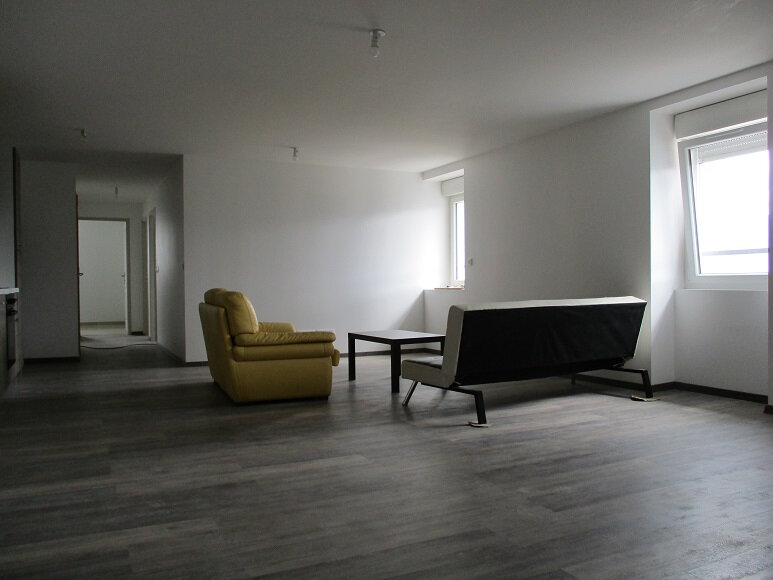 Appartement à louer 3 74.5m2 à Miribel-les-Échelles vignette-1