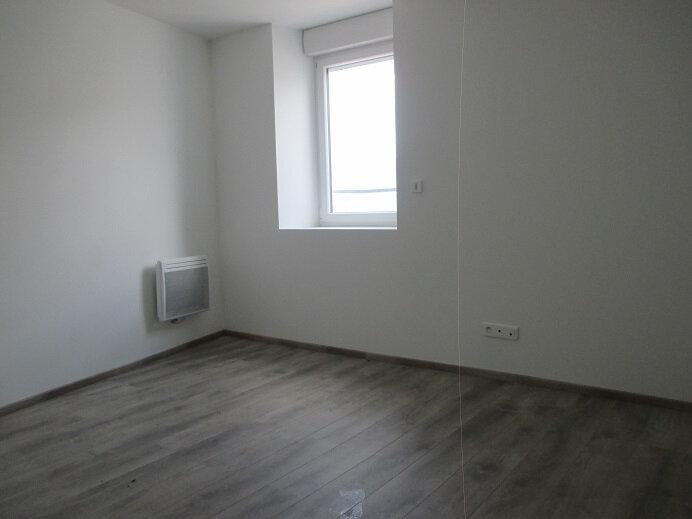 Appartement à louer 3 74.5m2 à Miribel-les-Échelles vignette-3