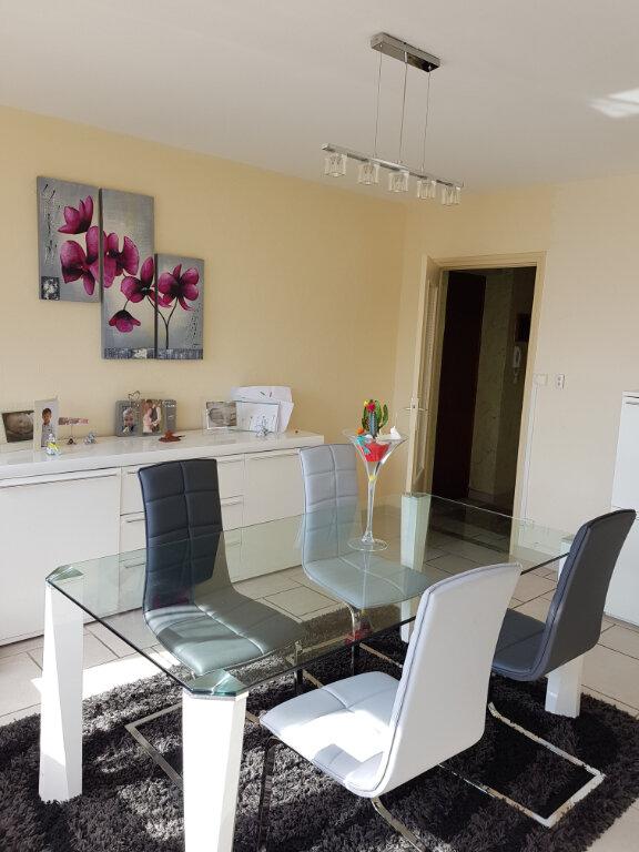 Appartement à vendre 5 83m2 à Chalon-sur-Saône vignette-1
