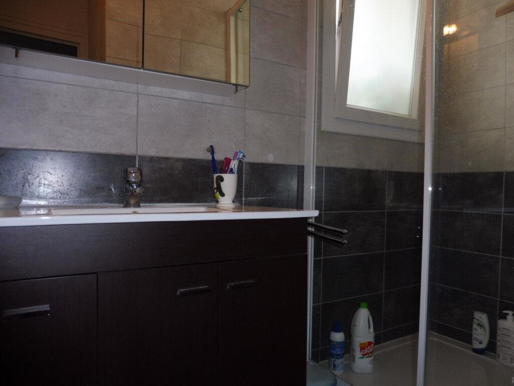 Appartement à vendre 4 70m2 à Chalon-sur-Saône vignette-4