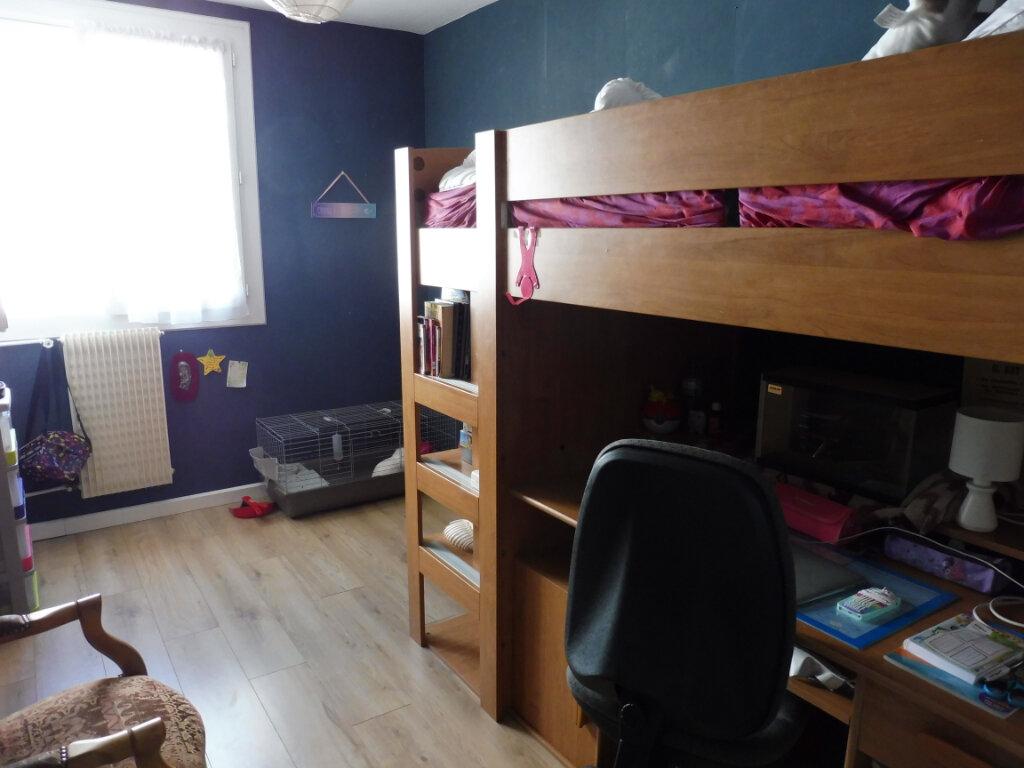 Appartement à vendre 4 70m2 à Chalon-sur-Saône vignette-7