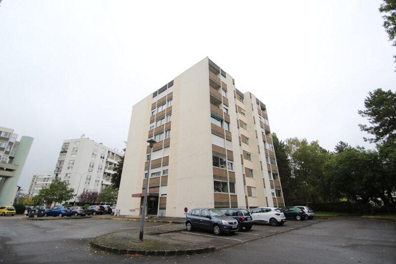 Appartement à vendre 4 82.66m2 à Chalon-sur-Saône vignette-1