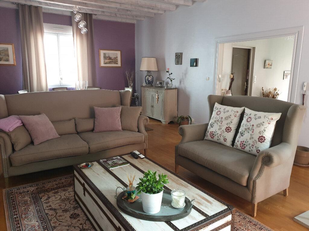 Maison à vendre 7 195m2 à Chalon-sur-Saône vignette-1