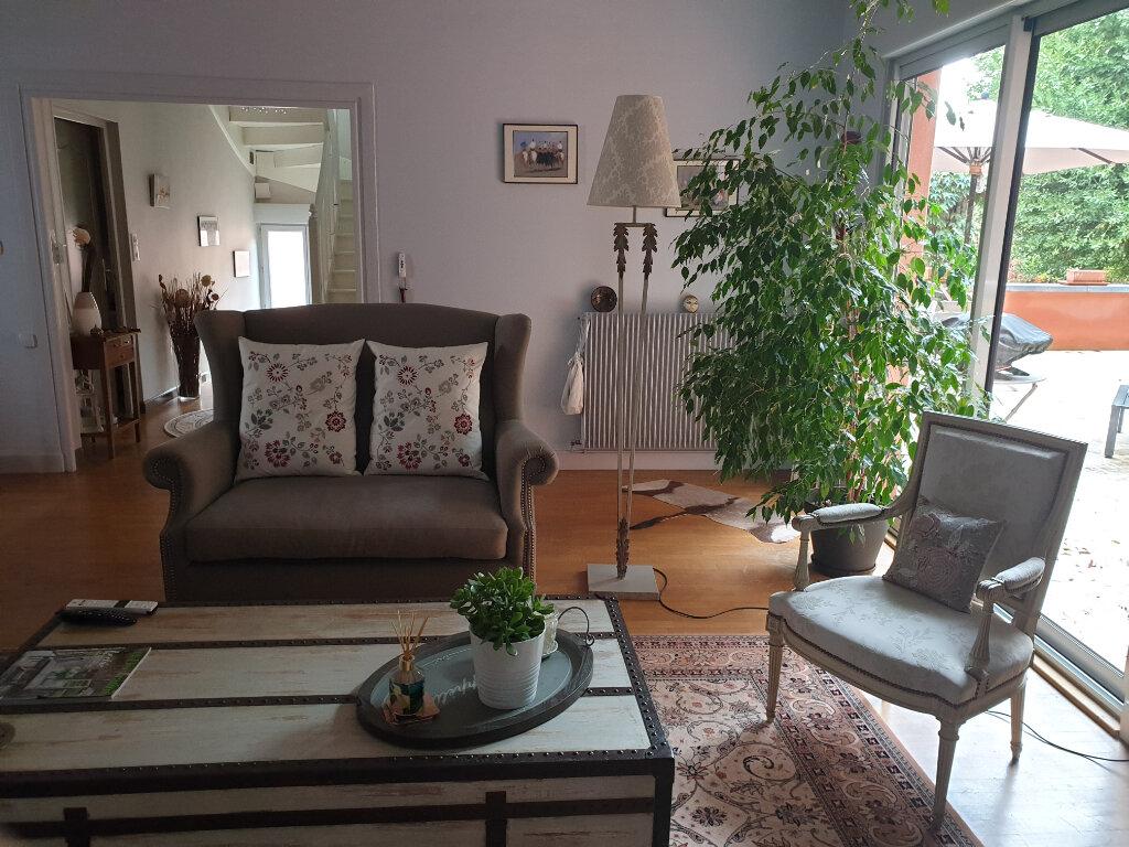 Maison à vendre 7 195m2 à Chalon-sur-Saône vignette-2