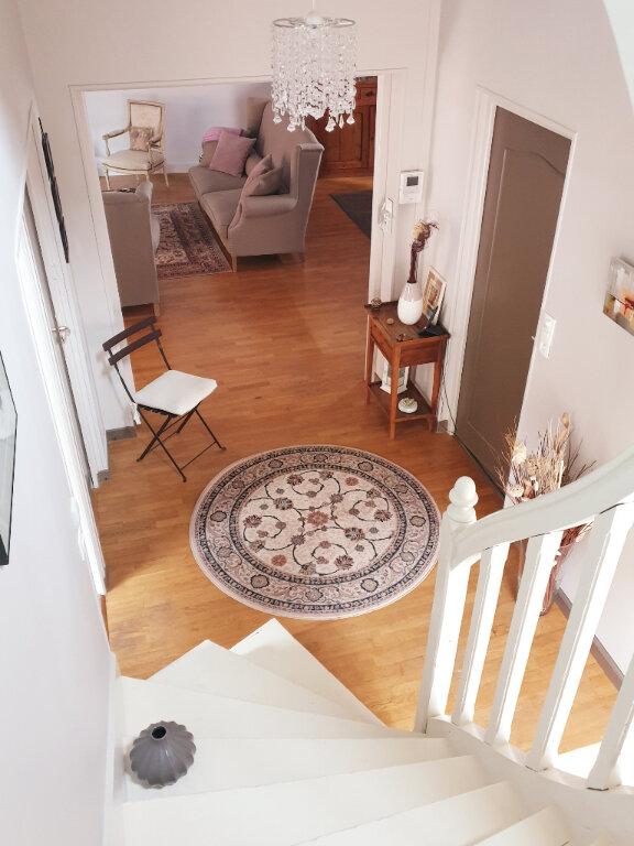 Maison à vendre 7 195m2 à Chalon-sur-Saône vignette-4
