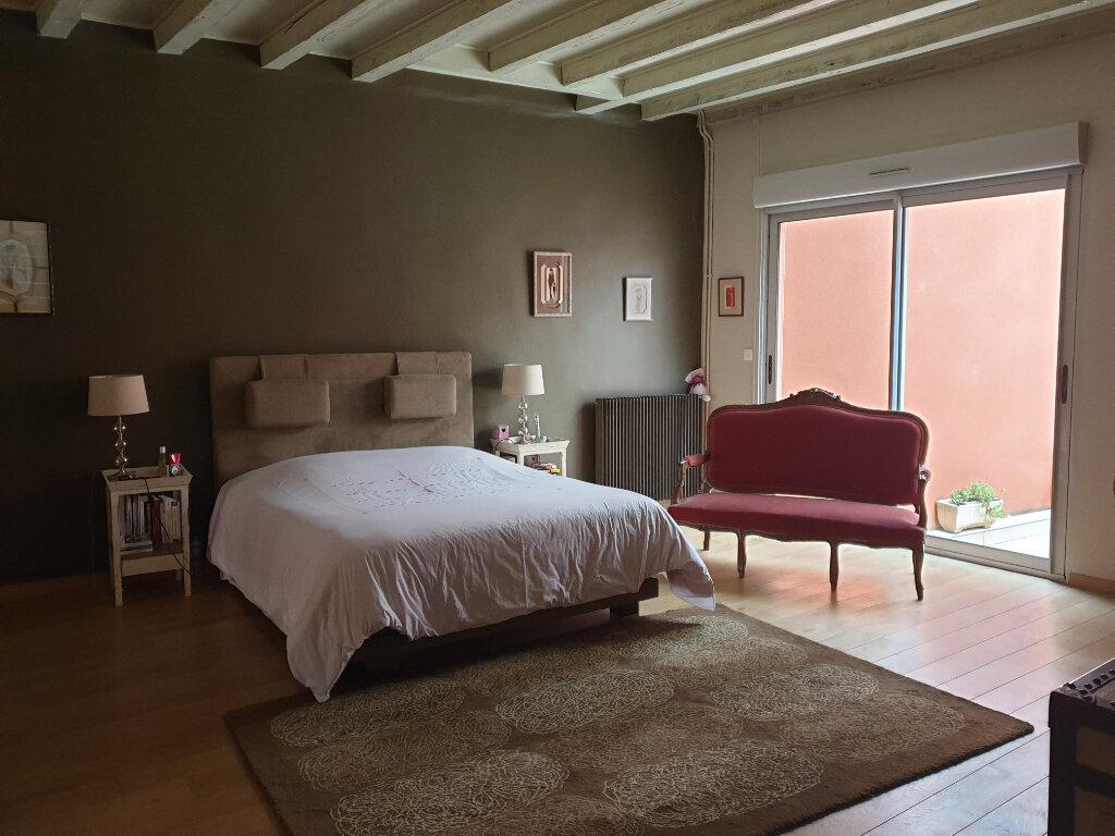 Maison à vendre 7 195m2 à Chalon-sur-Saône vignette-5