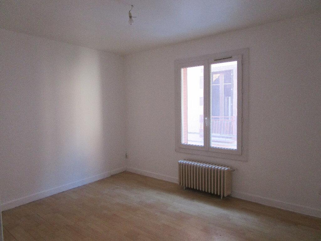 Appartement à louer 4 74m2 à Marcillac-Vallon vignette-3