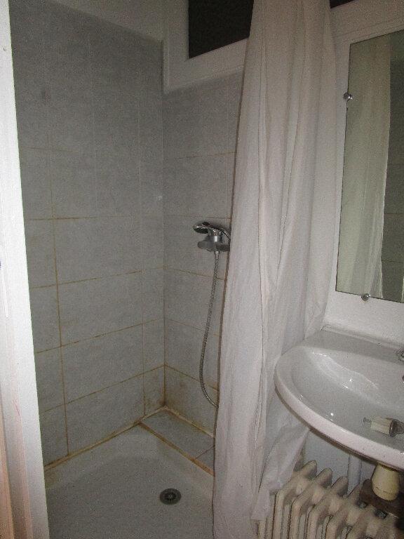 Appartement à louer 4 74m2 à Marcillac-Vallon vignette-7