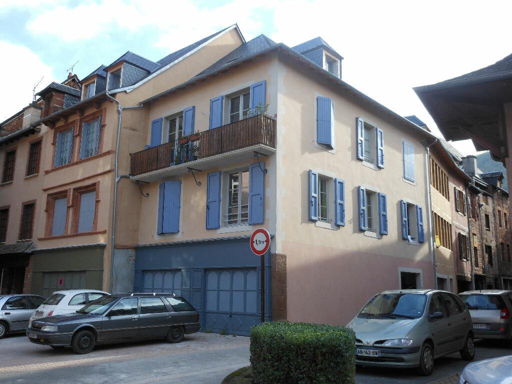 Appartement à vendre 2 57.31m2 à Marcillac-Vallon vignette-1