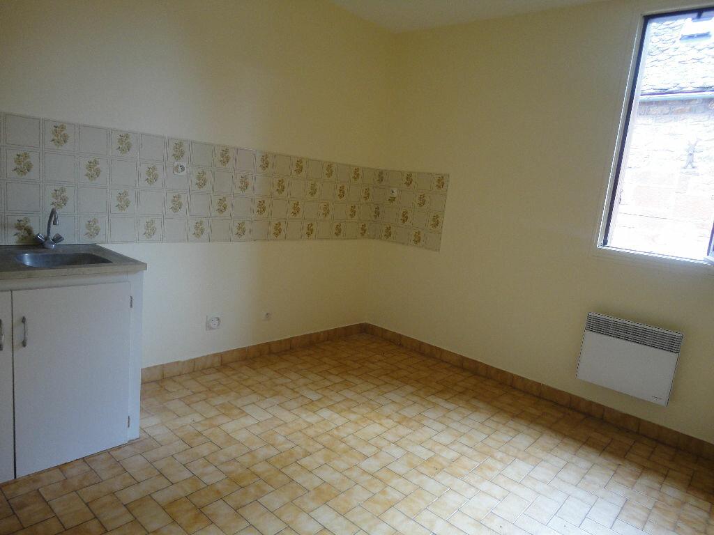 Appartement à louer 2 45m2 à Marcillac-Vallon vignette-2