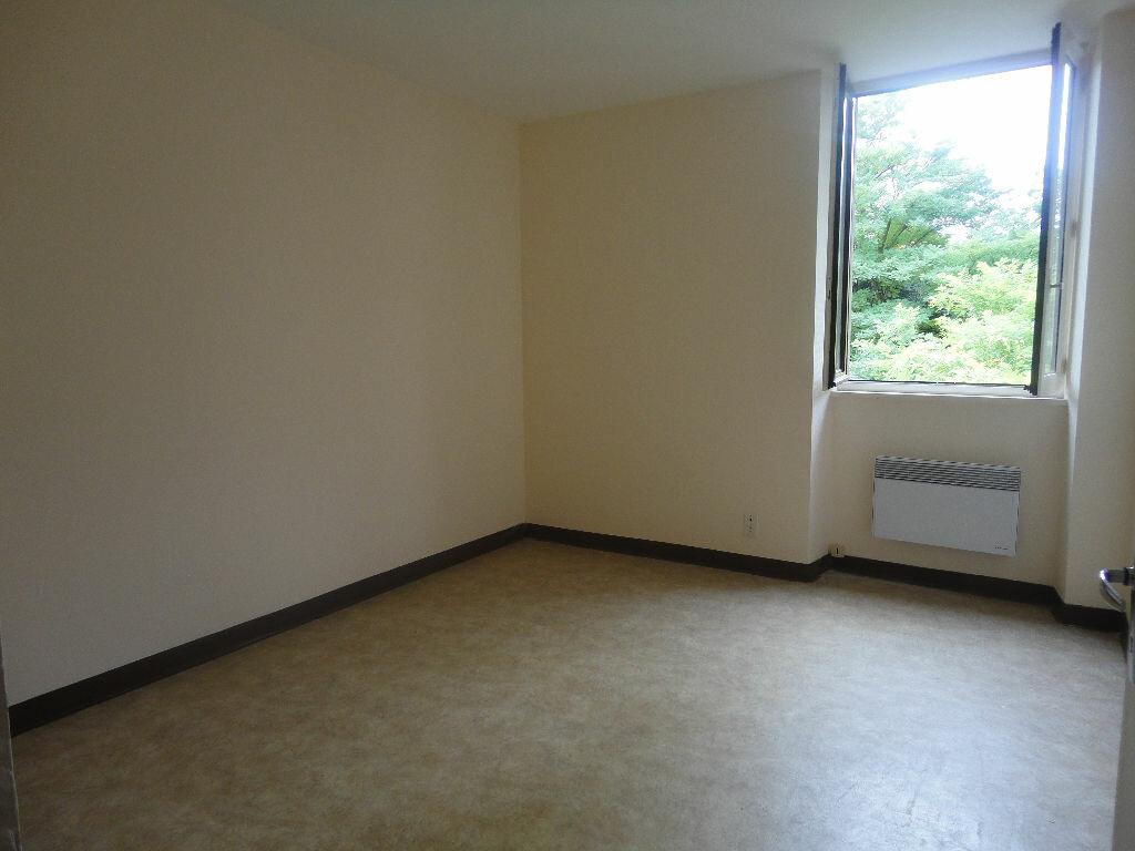 Appartement à louer 2 45m2 à Marcillac-Vallon vignette-3