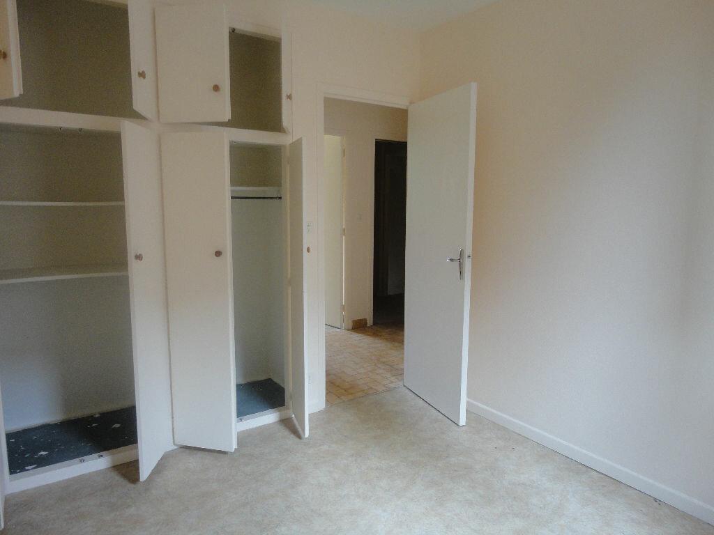 Appartement à louer 2 45m2 à Marcillac-Vallon vignette-4