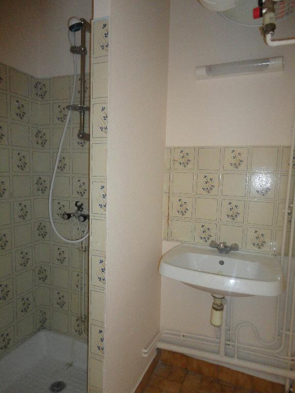 Appartement à louer 2 45m2 à Marcillac-Vallon vignette-5
