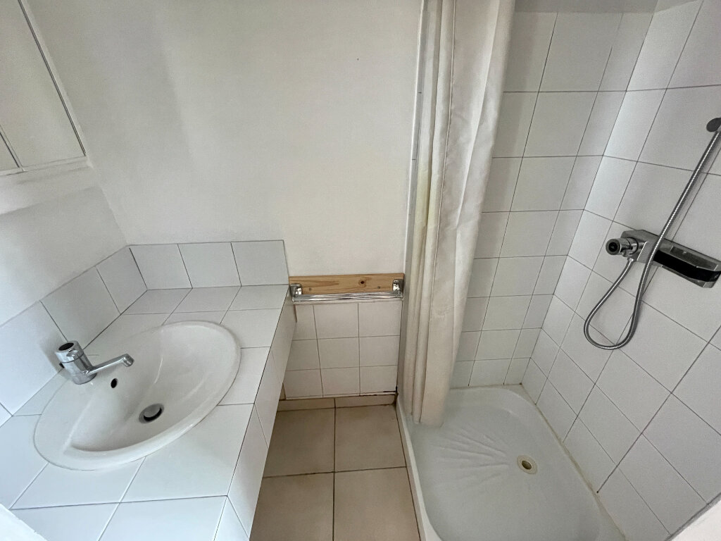 Appartement à louer 2 36.3m2 à Rodez vignette-4