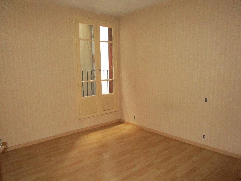 Appartement à louer 2 55m2 à Marcillac-Vallon vignette-3