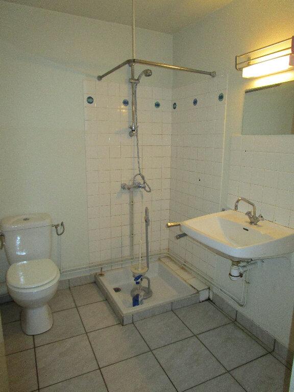 Appartement à louer 2 55m2 à Marcillac-Vallon vignette-4