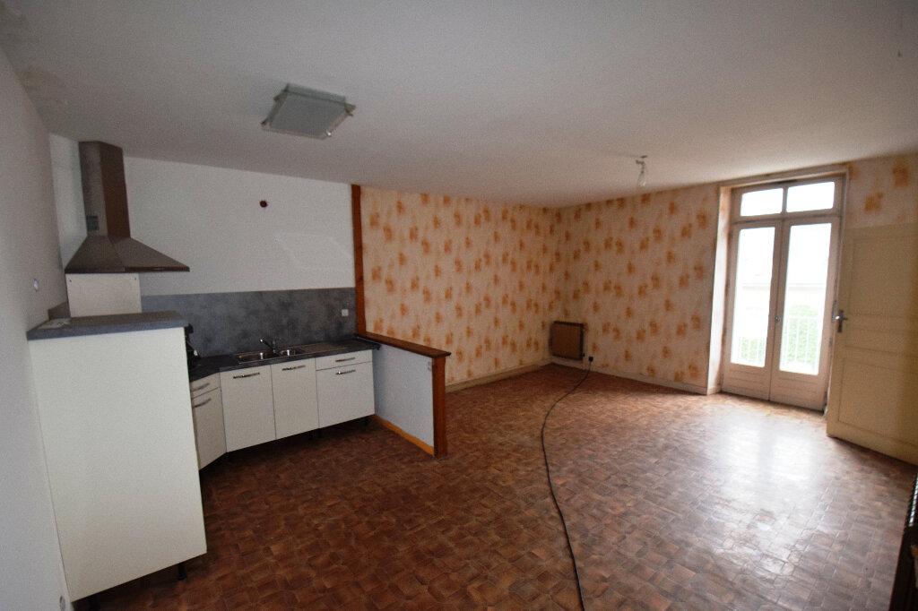 Maison à vendre 4 100m2 à Salles-la-Source vignette-1