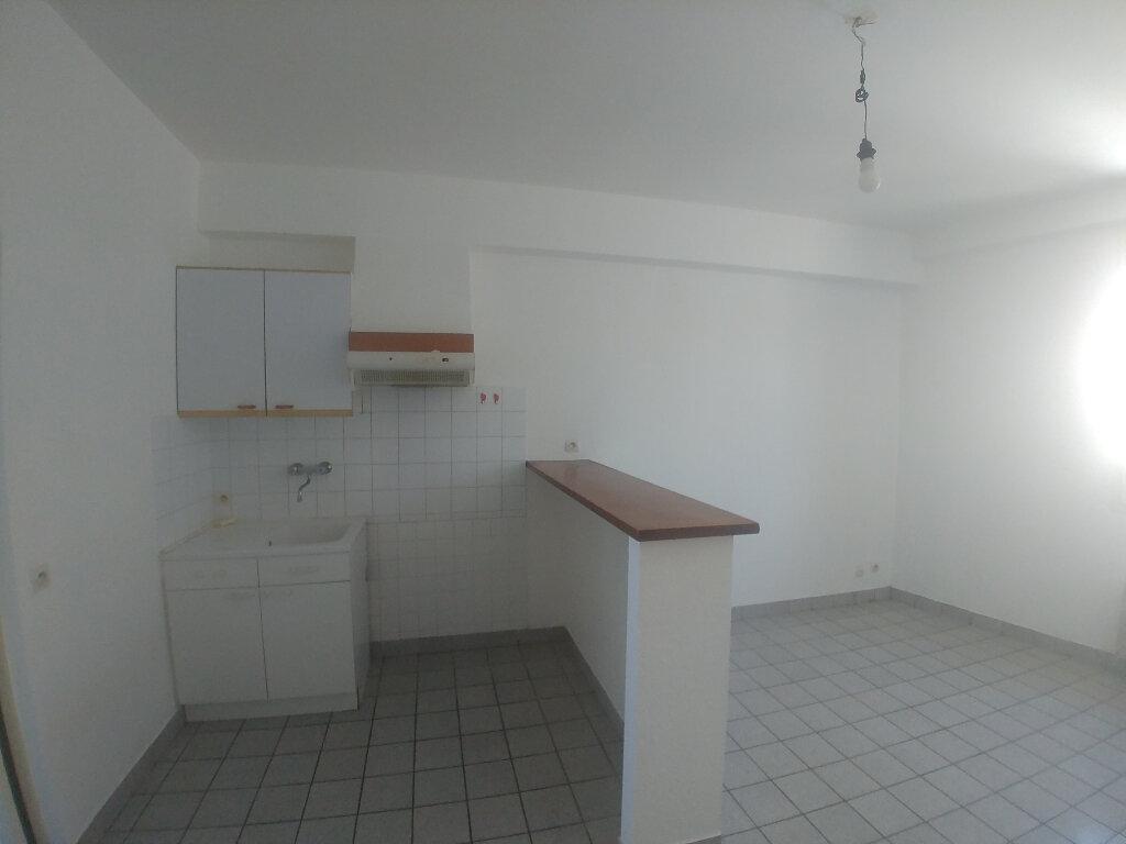 Appartement à louer 1 31.81m2 à Rodez vignette-1