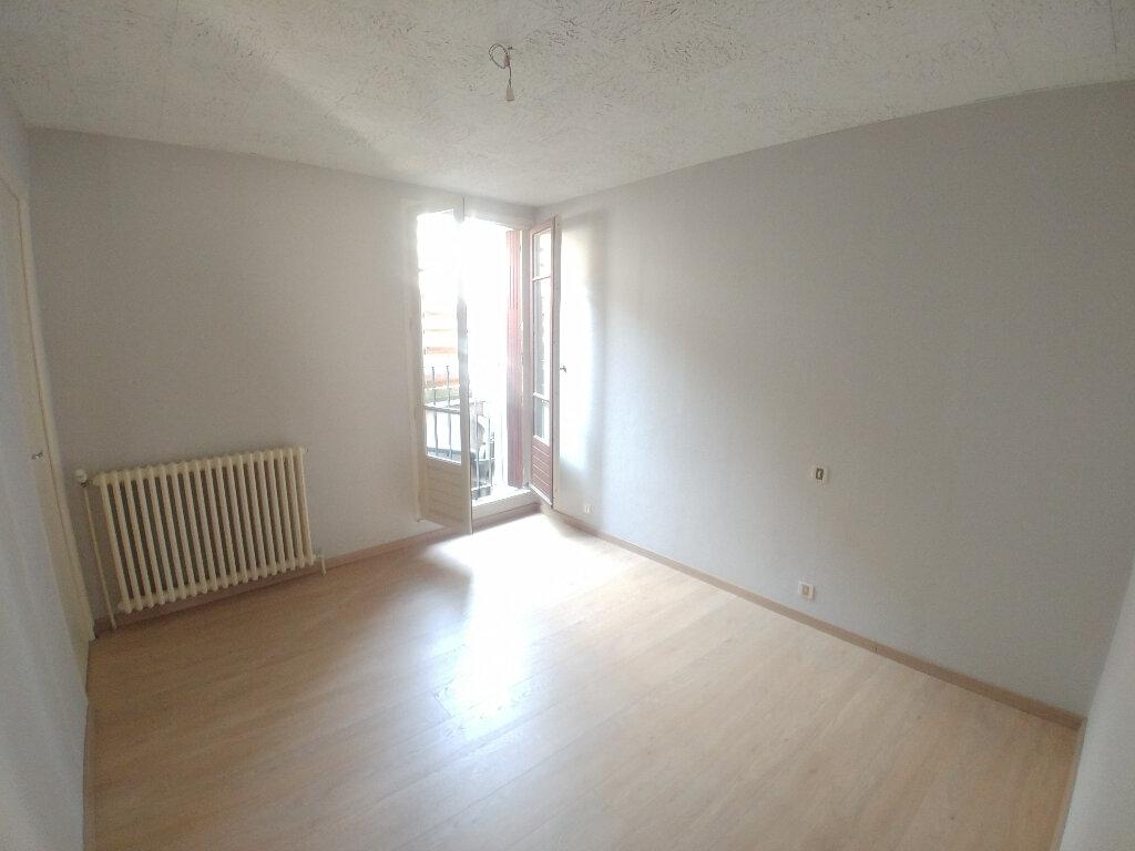 Appartement à louer 2 43m2 à Marcillac-Vallon vignette-4