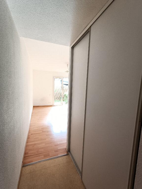 Appartement à louer 1 19m2 à Rodez vignette-3