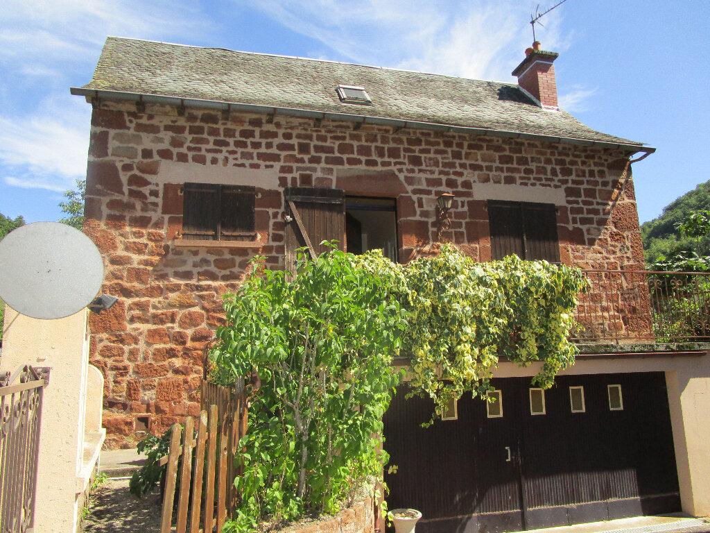 Maison à louer 4 85m2 à Marcillac-Vallon vignette-1