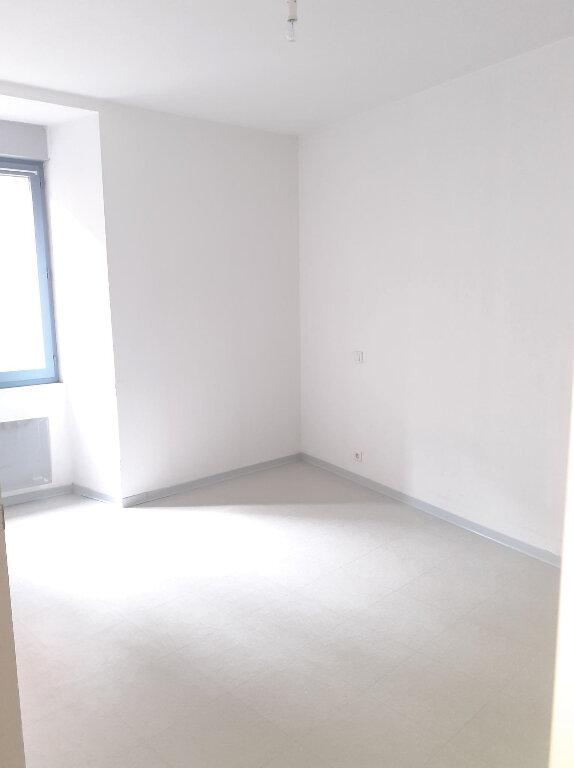 Appartement à louer 2 38m2 à Marcillac-Vallon vignette-4