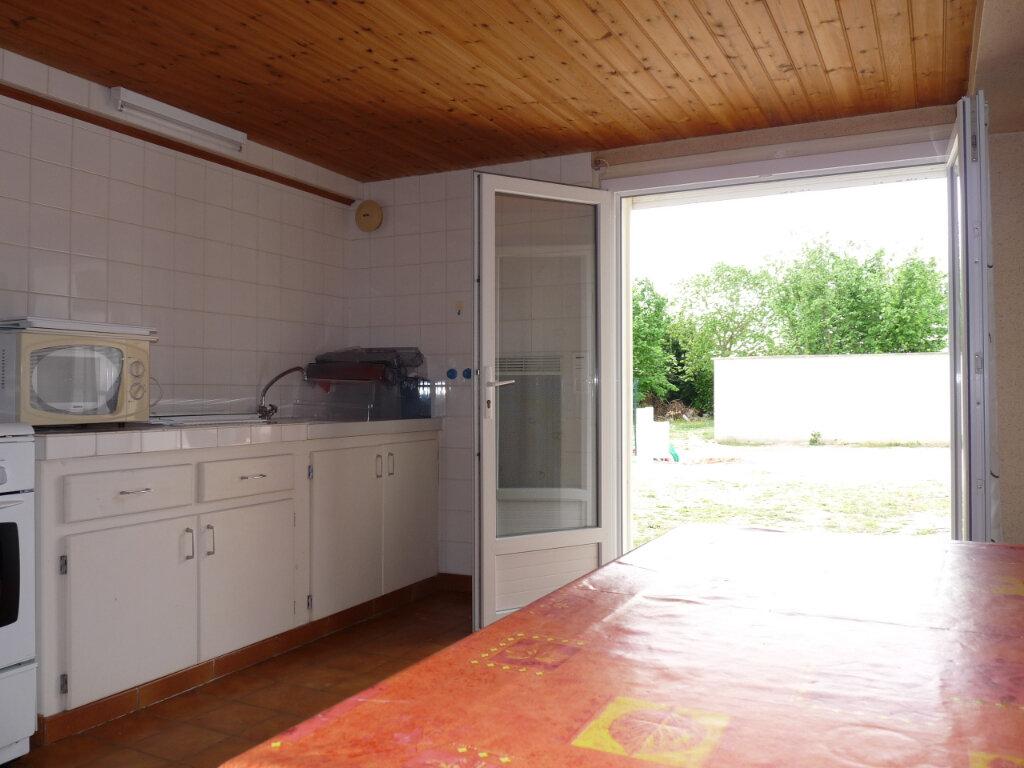 Maison à vendre 2 33m2 à Saint-Georges-de-Didonne vignette-1