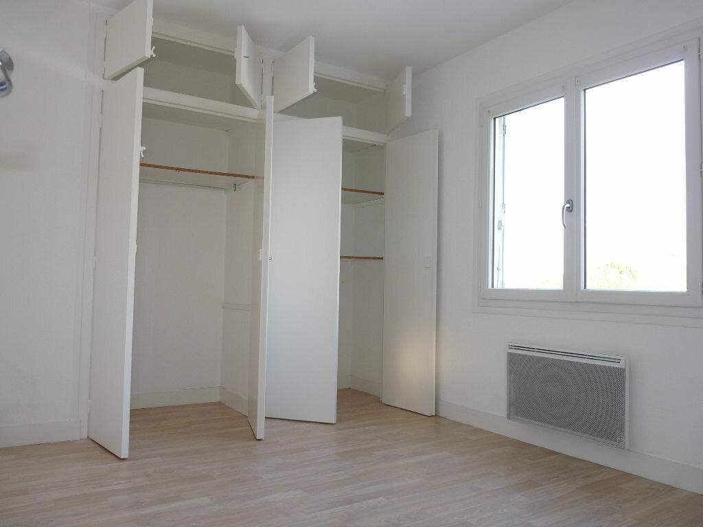 Appartement à vendre 4 70.63m2 à Royan vignette-7