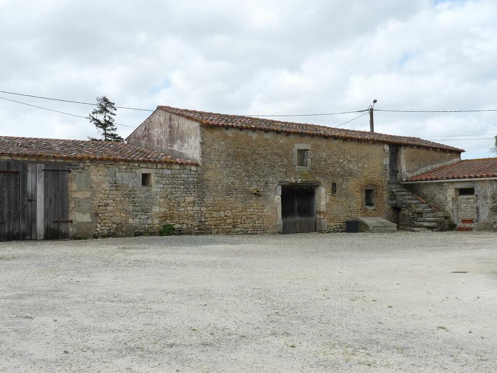 Maison à vendre 7 180m2 à La Gripperie-Saint-Symphorien vignette-10